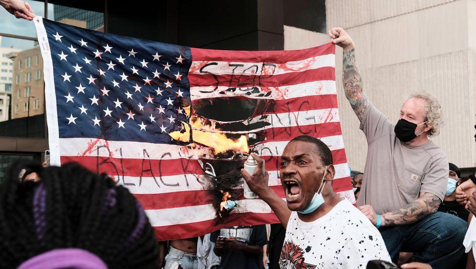 I can´t breathe!  Solidarität mit den Militanten in den USA!