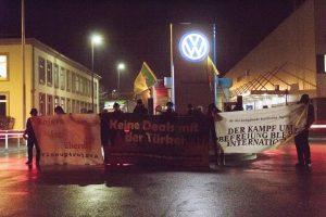 Protestaktion am 8. Januar 2020 vor dem Haupteingang des VW-Werks in Braunschweig